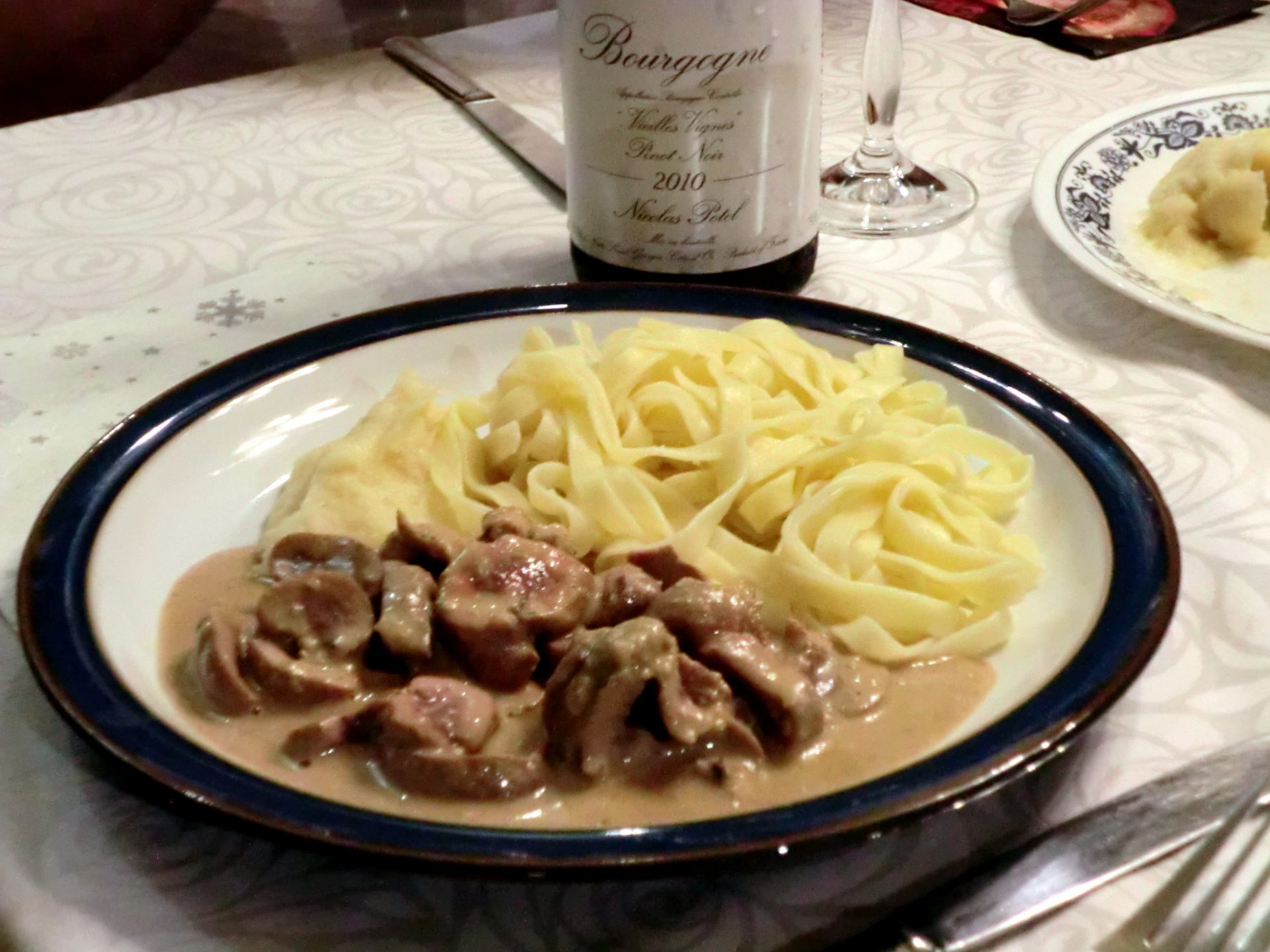 Rognons de veau sauce moutarde r gal d alain la cuisine - Cuisiner rognons de porc ...
