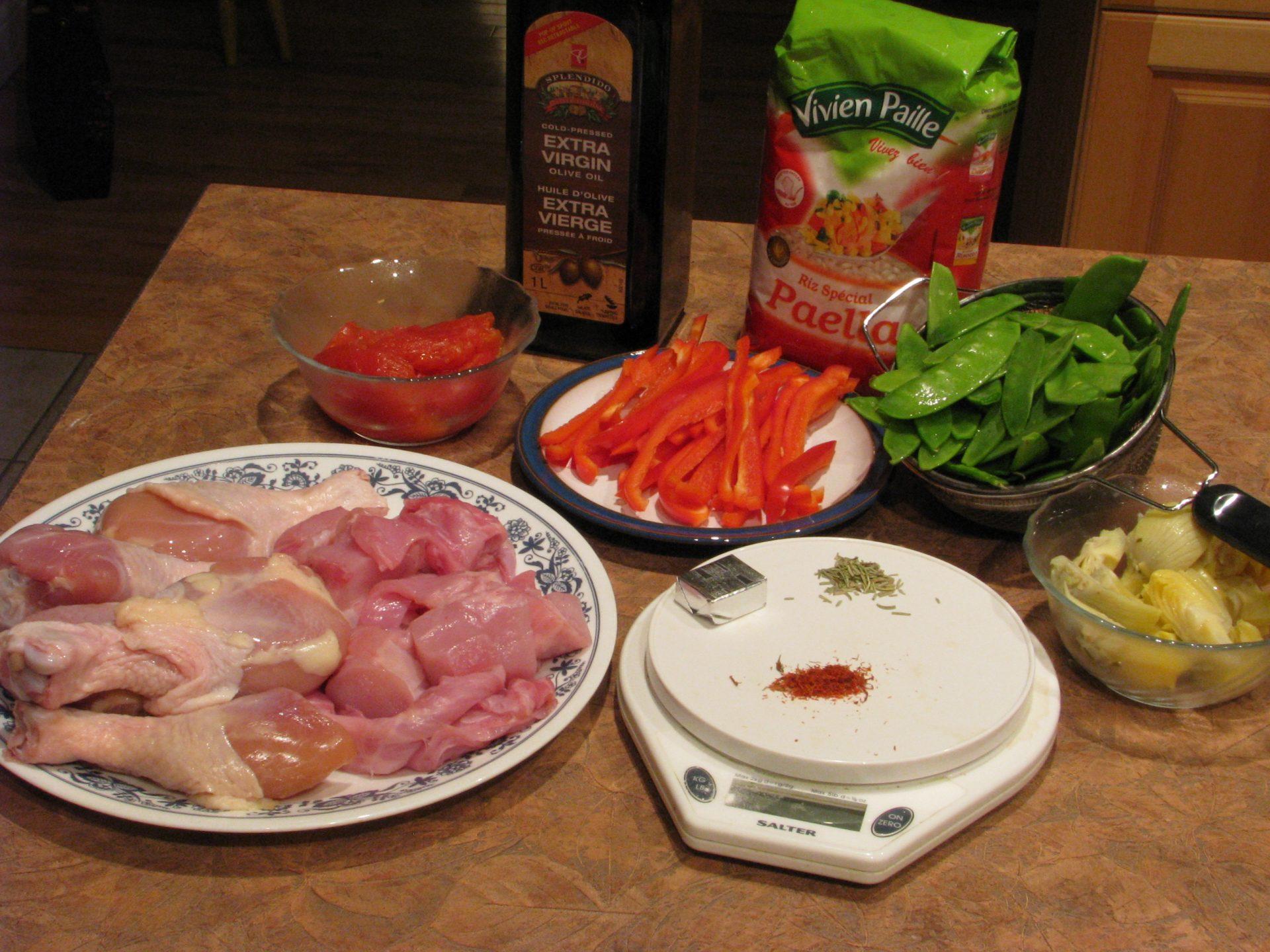 paella aux pâtes et poulet